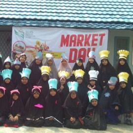 Market Day SDIT Hasmi