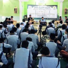 Tasmi' 30 Juz Dalam Sehari – SMA Islam Hasmi Putra